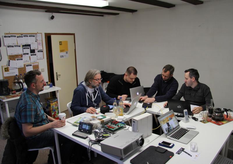 Die Installation eines Linutop 2 mit OpenBSD wird vorbereitet
