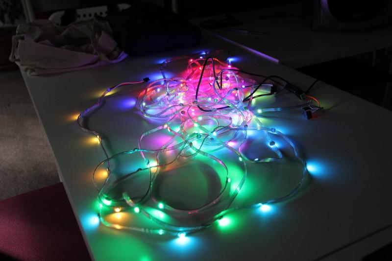 Adressierbare Lichtketten war eines der Themen der Fachgruppe wie an diesem Beispiel demonstriert wurde